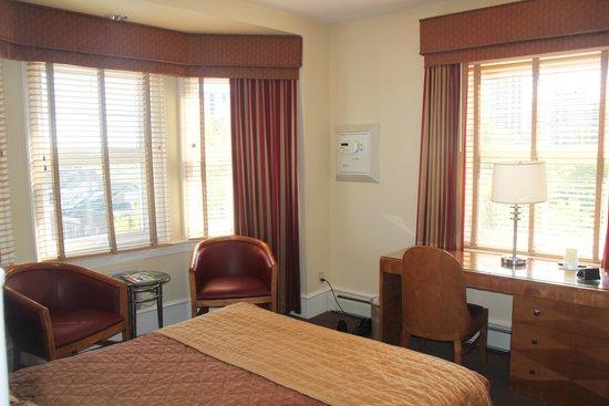 Alexander Inn: Room 508 - 3