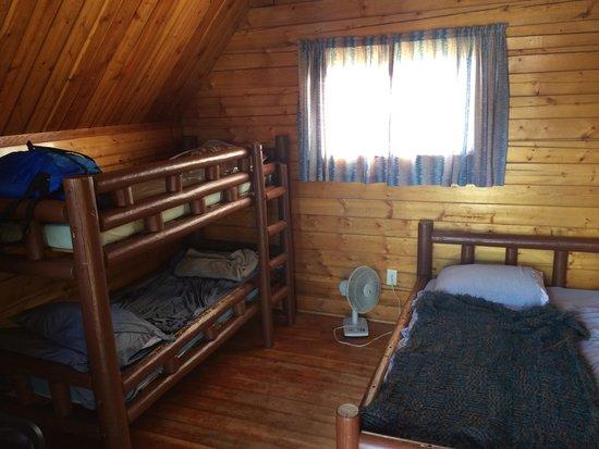 Grand Canyon / Williams KOA : Inside Cabin #3