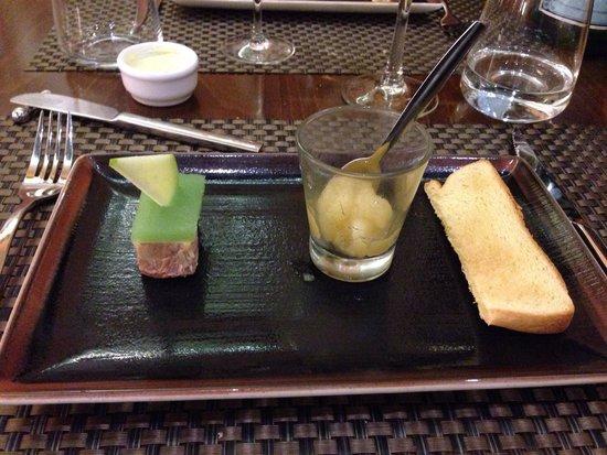 L'Estaminet: Foie gras et sa compoté de pomme