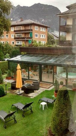Reindl's Partenkirchner Hof: Piscina interna ed idromassaggio
