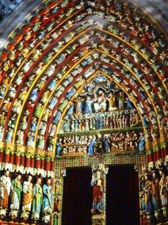 Cathédrale Notre-Dame d'Amiens : Notre Dame Amiens Light Show