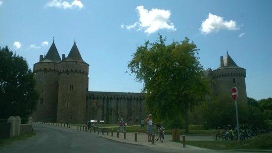 Chateau de Suscinio : Château de Suscinio en arrivant