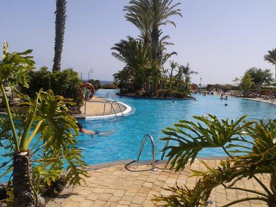 Hotel R2 Pajara Beach : Piscinas