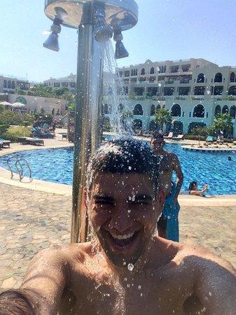 Sunrise Grand Select Arabian Beach Resort: Having fun