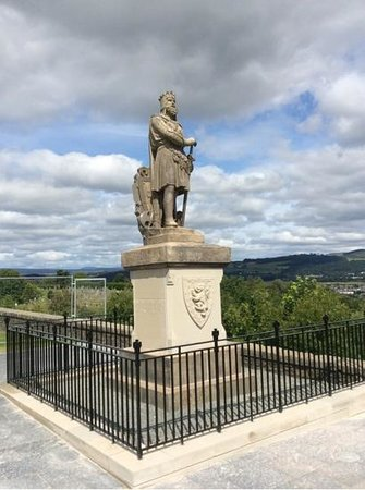 Stirling Castle: Robert the Bruce Statue