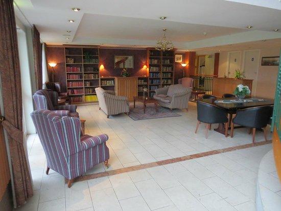 Brakanes Hotel: Sala de descanso