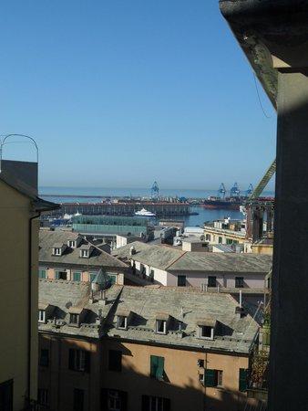 Hotel Vittoria Orlandini: вид из окна