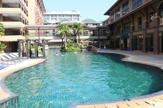 Novotel Phuket Vintage Park: Pool