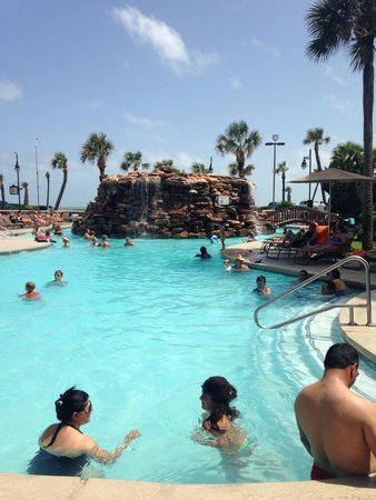 Hilton Galveston Island Resort: Beautiful pool!