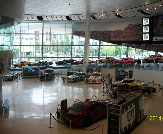 NASCAR Hall of Fame : Rockin and Racin