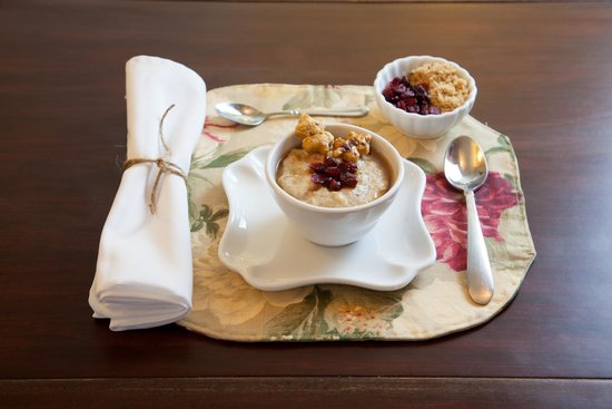 Oak Street Hotel: Morning meals are always special