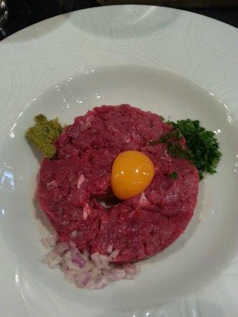 Bistrot de la Place : Steak Tartare