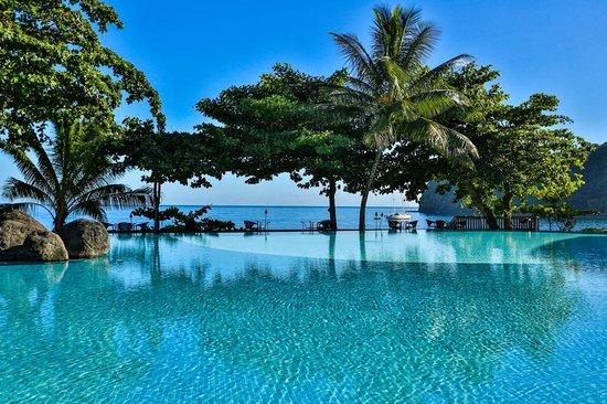 Tahiti Pearl Beach Resort: Pool