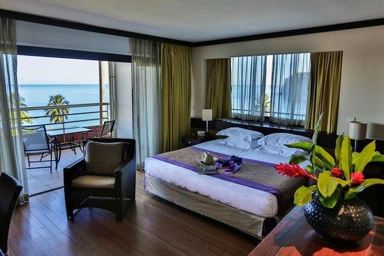 Tahiti Pearl Beach Resort: Deluxe room