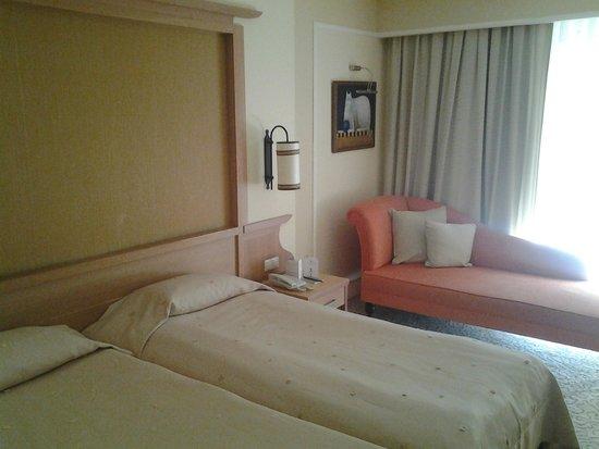 Alva Donna Beach Resort Comfort: Nice and clean room