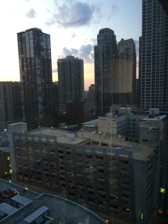 Chicago Marriott Downtown Magnificent Mile: Room 2207