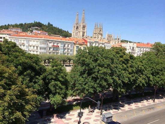 NH Collection Palacio de Burgos: Vue depuis la chambre de l'hôtel