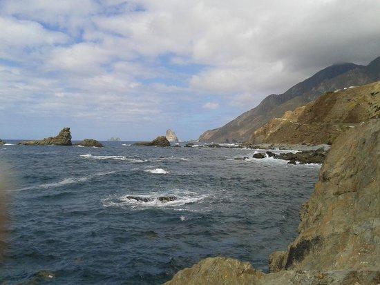 Taganana: Roques de Anaga depuis Playa de San Roque