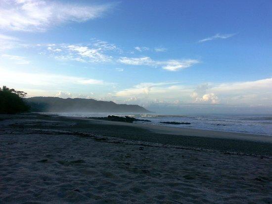 Atrapasueños Dreamcatcher Hotel: View of the beach