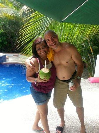 Atrapasueños Dreamcatcher Hotel: Coconut water anyone?