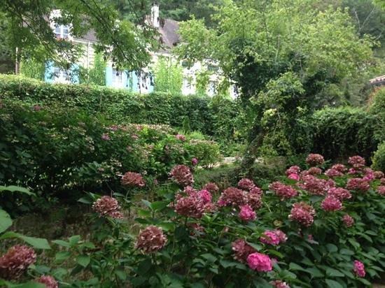"""Le Moulin de l'Abbaye : """"silence dans la maison...Cézanne peint..."""""""