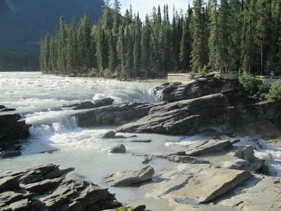 Athabasca Falls: Relative calm at the top