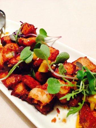 Restaurante Los arcos: Supuesta ensalada , tócate los huevos