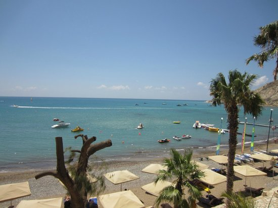 Columbia Beach Resort Pissouri : View out over the sea