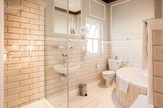 Eendracht Hotel: Junior Suite's Bathroom