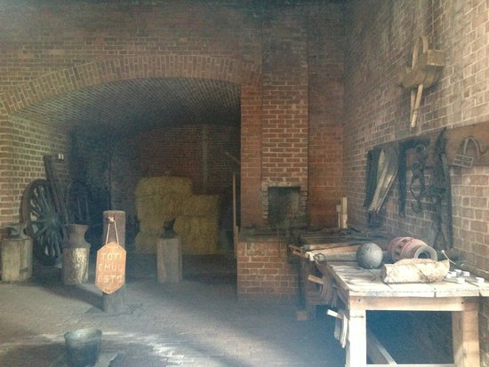 Fort Clinch State Park: room view