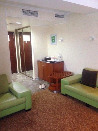 Boutique-Hotel Khabarovsk City: Холл студии