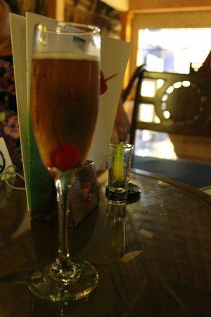 Iberostar Tucan Hotel: Bar do lobby do hotel