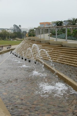 Ocean Ave. Entry Fountain in Tongva Park.