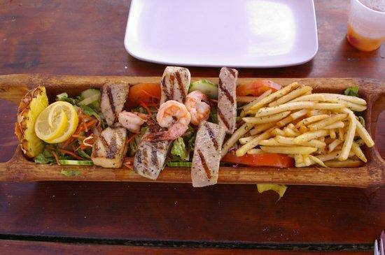Calmos Cafe: Seafood sampler