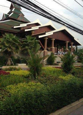 Novotel Phuket Vintage Park : Front Elevation