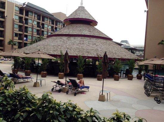 Novotel Phuket Vintage Park : Pool Restaurant