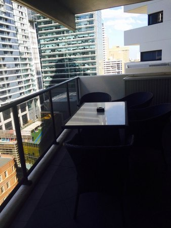 Meriton Serviced Apartments Kent Street: Balcony