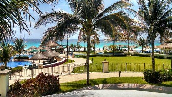 JW Marriott Cancun Resort & Spa : Resort grounds