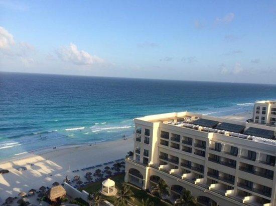 JW Marriott Cancun Resort & Spa : Ocean view from room