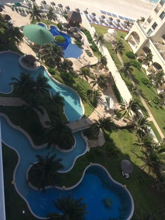 JW Marriott Cancun Resort & Spa: View of pools.  Though not a lazy river! :-(