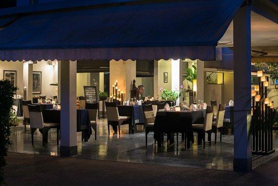 Sojourn Boutique Villas: Restaurant Sojourn