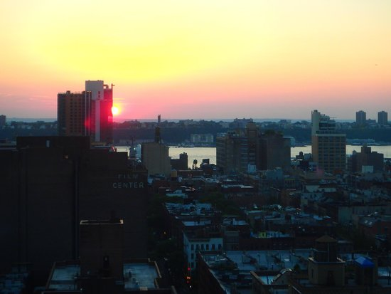 Row NYC Hotel : Sunset