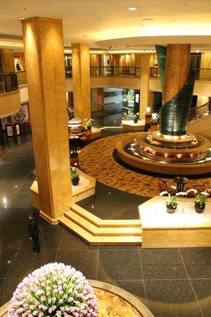 Shangri-La Hotel Kuala Lumpur : Vista sulla Hall