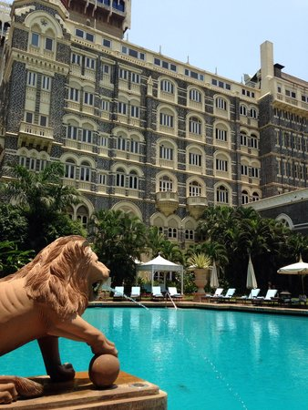 The Taj Mahal Palace : The fantastic pool