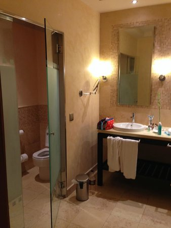 Sheraton Fuerteventura Beach, Golf & Spa Resort: Salle de bain