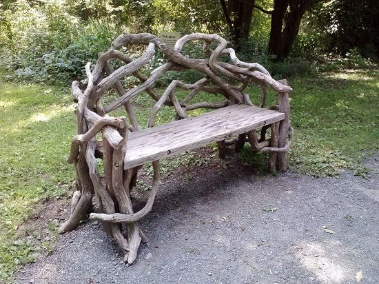 Olana State Historic Site: A lovely bench for passing the time.