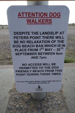 Sandbank Holidays: The council sign!