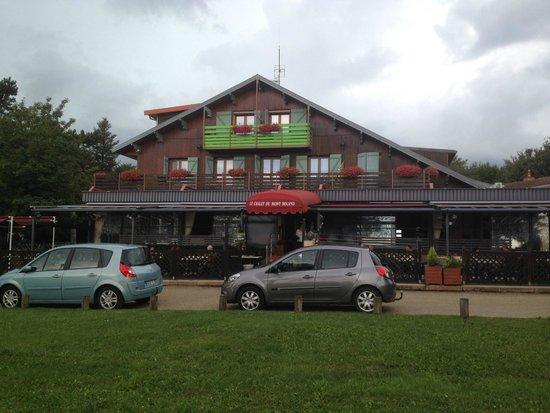 Hotel Le Chalet du Mont Roland: Outside
