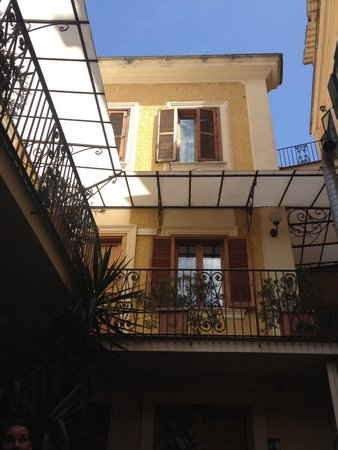 Villa San Lorenzo Maria Hotel: Courtyard rooms (ask for a ground floor room)