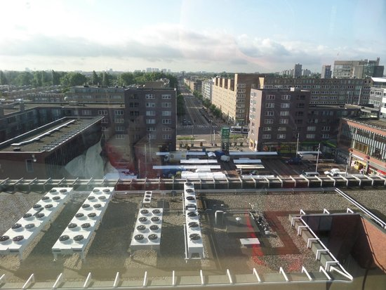 Best Western Blue Tower Hotel: vu droite de la fenêtre de la chambre